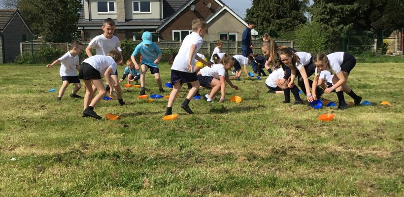 Year 3 Enjoying their Cricket Lesson – May 2018