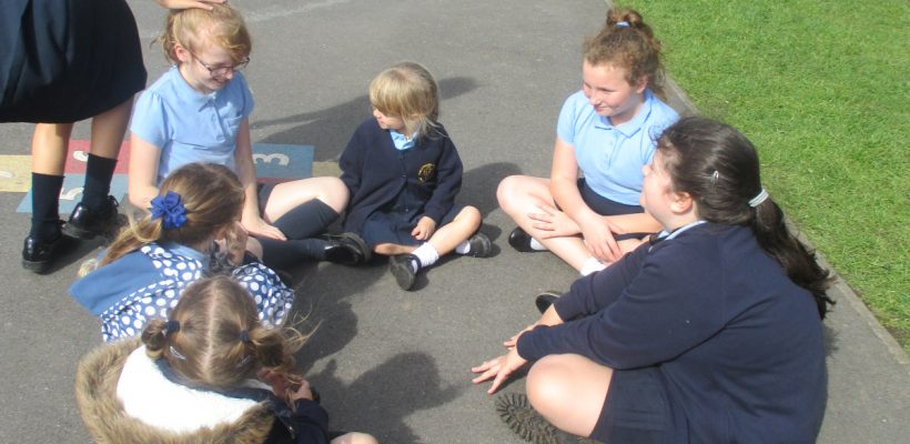 Year 6 and our Reception Children met up for a lovely afternoon – 18th September 2018